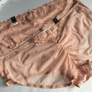 Nwt 2 Pairs Torrid size 3 Hipster Panties